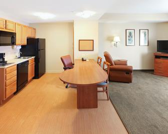 Candlewood Suites Conway - Conway - Schlafzimmer
