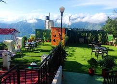 Hotel Sungrace Mussorie - Mussoorie - Balcón