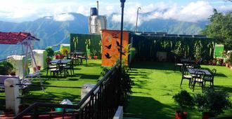 Hotel Sungrace Mussorie - Mussoorie - Balcony