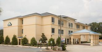 Days Inn by Wyndham North Mobile - Semmes