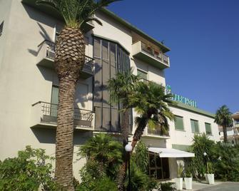 Park Hotel Resort - Vasto - Building