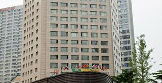 Leewan Hotel Dalian - Dalian - Building