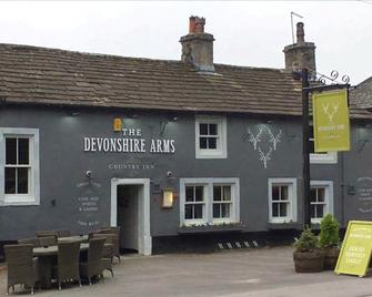 Devonshire Arms Inn - Скиптон - Здание