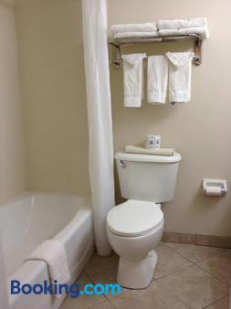 Gulfview Hotel On The Beach - Clearwater Beach - Bathroom