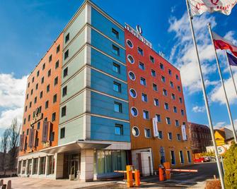 Qubus Hotel Gliwice - Gliwice - Building