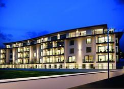 Portrush Luxury Apartments Curran Gate - Portrush - Building