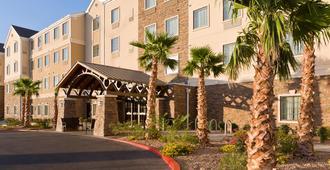 Staybridge Suites El Paso Airport, An IHG Hotel - אל פאסו
