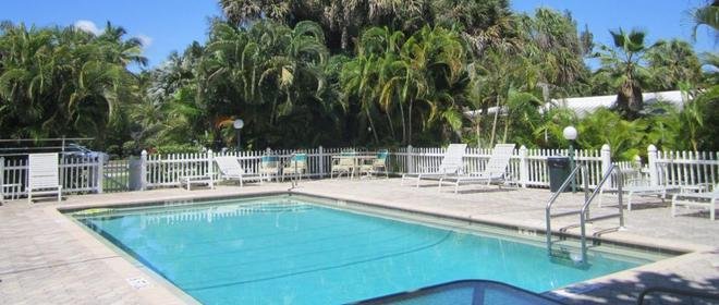 Anchor Inn and Cottages - Sanibel - Pool