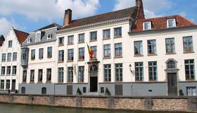 Martin's Relais - Bruges - Building