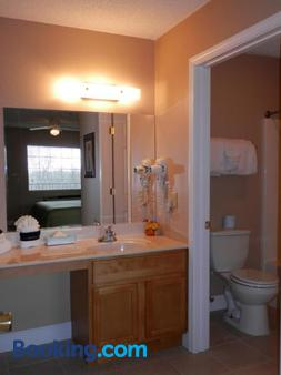 The Retreat at Foxborough - Branson - Bathroom