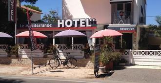 Hôtel Le Méditerranée - Hyères - Edifício