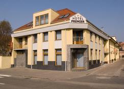 Hotel Premier - Trnava - Gebäude
