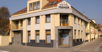 Hotel Premier - Trnava - Edificio