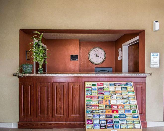 羅德威酒店 - 蓋斯維爾 - 蓋恩斯維爾 - 櫃檯