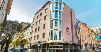Best Western Art Plaza Hotel - Sofia - Building
