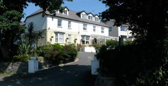 Hammonds Park Guest House - Tenby - Building