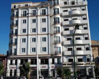 Hotel El Kenz - Sétif - Gebäude