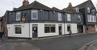 The Millers Arms - Canterbury - Edificio