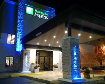 Holiday Inn Express Cloverdale - Greencastle - Cloverdale - Gebäude