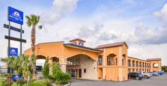 Americas Best Value Inn Buda Austin S - Buda - Edificio