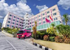 Favehotel Mt. Haryono - Balikpapan - Balikpapan - Edifício