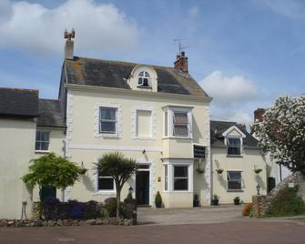 Watermead Guest House - Chard - Building
