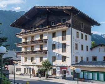 Hotel Kärntnerhof Mallnitz - Mallnitz - Building