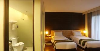 Grand Whiz Hotel Nusa Dua - South Kuta - Bedroom