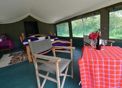 Mara Sidai Camp - Ololaimutiek