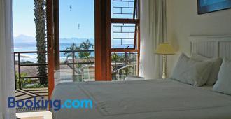 Panoramic Blue B&B - Plettenberg Bay - Bedroom