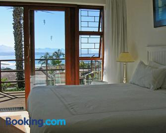 Panoramic Blue B&B - Plettenberg Bay - Bedroom