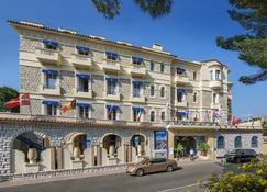 Hotel Belles Rives - Antibes - Edificio