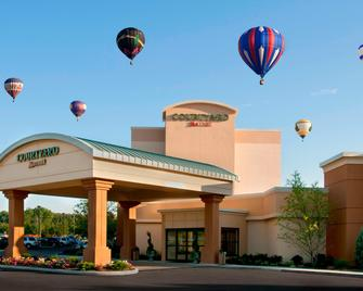 Courtyard by Marriott Canton - North Canton - Building