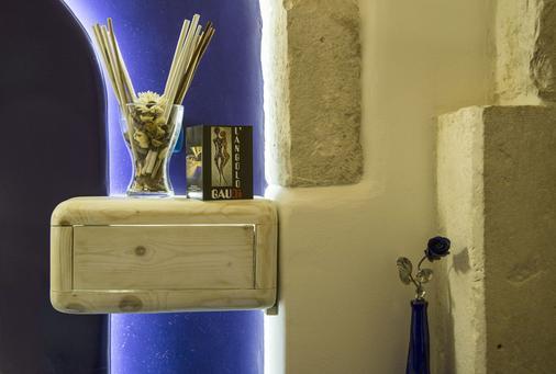 L'Angolo di Gaudì - Putignano - Room amenity