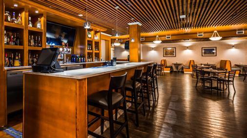 Best Western Cedar Park Inn - Edmonton - Bar