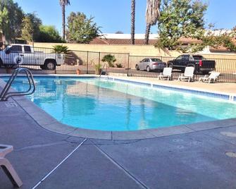 Americas Best Value Inn Thousand Oaks - Newbury Park - Pool