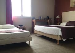 Kyriad Perpignan Sud - Perpignan - Bedroom