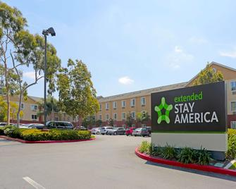 Extended Stay America - Los Angeles - South - Los Angeles - Building