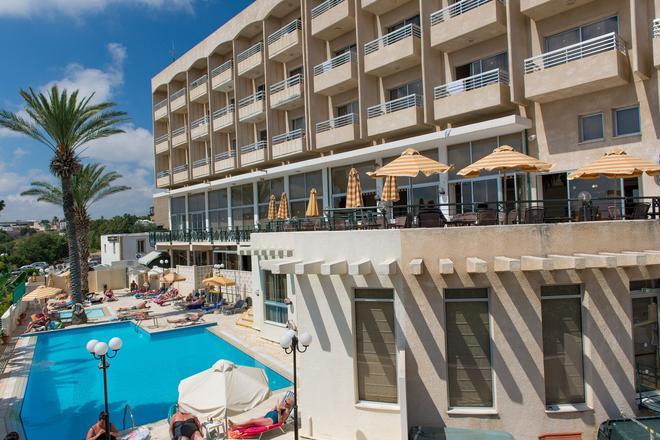 Agapinor Hotel - Paphos - Building