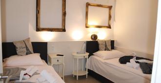 Pension am Niederfeldsee - Essen - Schlafzimmer