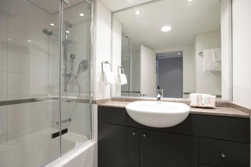 BreakFree on George - Sydney - Bathroom