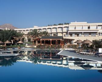 Lutania Beach Hotel - Kolympia - Building