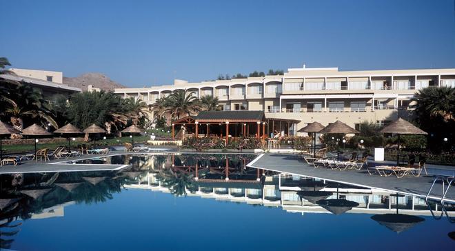 Lutania Beach Hotel - Колимбия - Здание