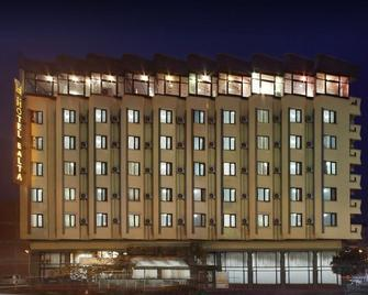 Balta Hotel - Adrianopol - Building