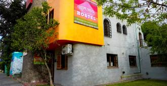 Hostel Punto Patagonico - Neuquén - Building