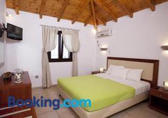 Berdoussis Hotel - Elafonisos - Bedroom