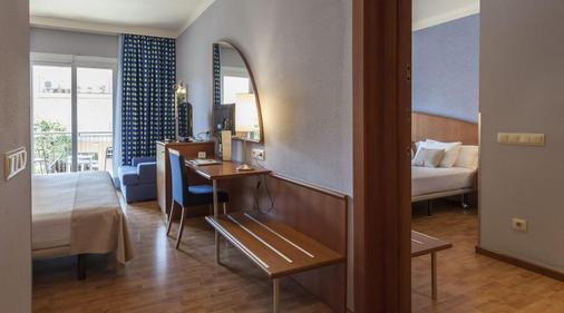 Delfin Hotel - Tossa de Mar - Bedroom