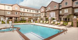 Staybridge Suites Houston I-10 West-Beltway 8 - Houston - Pool