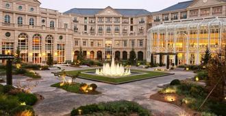Tianjin Goldin Metropolitan Polo Club - Tianjin - Building