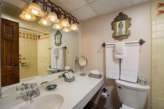 總督旅館 - 聖塔非 - 聖達菲 - 浴室